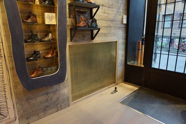 Pahlfer Inredning AB – Metal mesh H.101 Brass