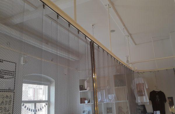 Pahlfer Inredning AB Metalldraperier webb
